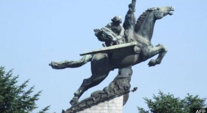 उत्तर कोरियाको विकासका लागि वायुपंखी घोडाको कथा