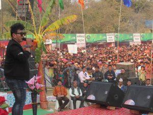 कोहलपुर औद्योगिक व्यापार मेलामा रामजी खाँडले दर्शकहरुलाई भरपुर मनोरञ्जन दिए