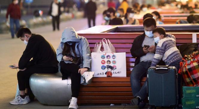 कोरोना भाइरसको महामारी सुरू भएको चीनको वुहानबाट लकडाउन हटाइयो