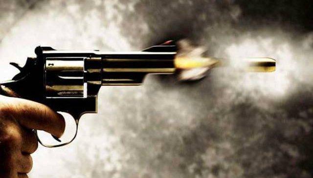 सशस्त्र प्रहरी र सिकारी समूहबीच दोहोरो गोली हानाहान