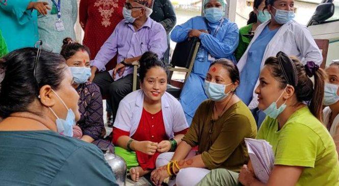 नेपालगन्ज मेडिकल कलेजका स्वास्थ्यकर्मी र कर्मचारीले तलब नपाएको प्रति एमाले बाँकेको ध्यानाकर्षण
