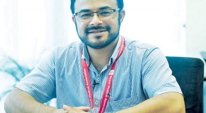 सरकारी योजना नहुँदासम्म  समाधान  हुन सक्दैन : मानसिक रोग विशेषज्ञ डा. रितेश थापा